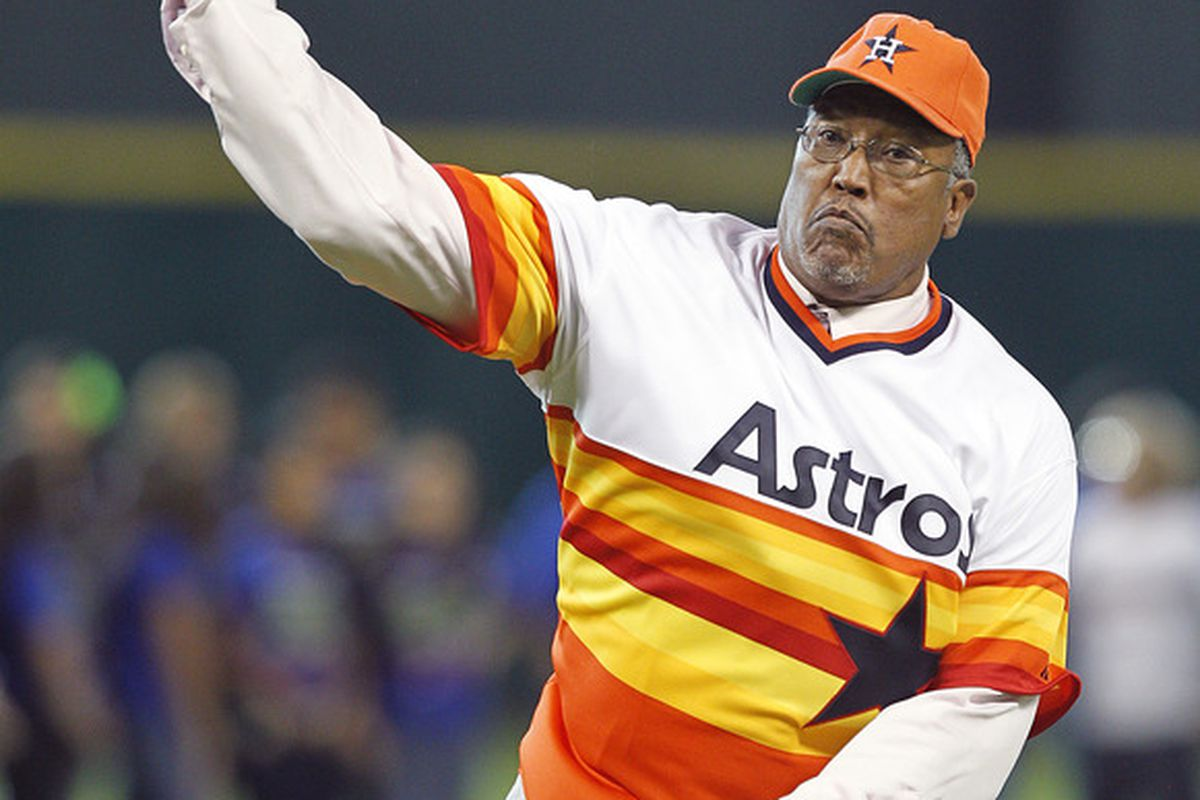 HOUSTON,TX-JUNE 01: Former Astro pitcher J.R. Richard throws out a ceremonial first pitch before the Houston Astros played the Cincinnati Reds on June 1, 2012 at Minute Maid Park in Houston, Texas.  (Photo by Bob Levey/Getty Images)