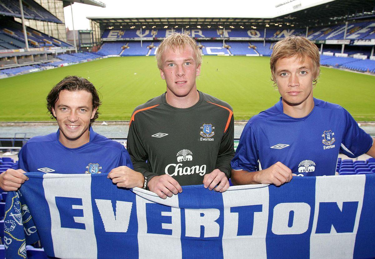 Soccer - FA Barclays Premiership - Everton FC Photocall - Goodison Park