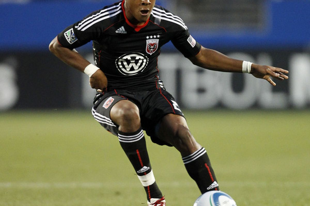 FRISCO, TX - MAY 8: Rodney Wallace #22 of the D.C. United dribbles the ball against FC Dallas at Pizza Hut Park on May 8, 2010 in Frisco, Texas. (Photo by Layne Murdoch/Getty Images)