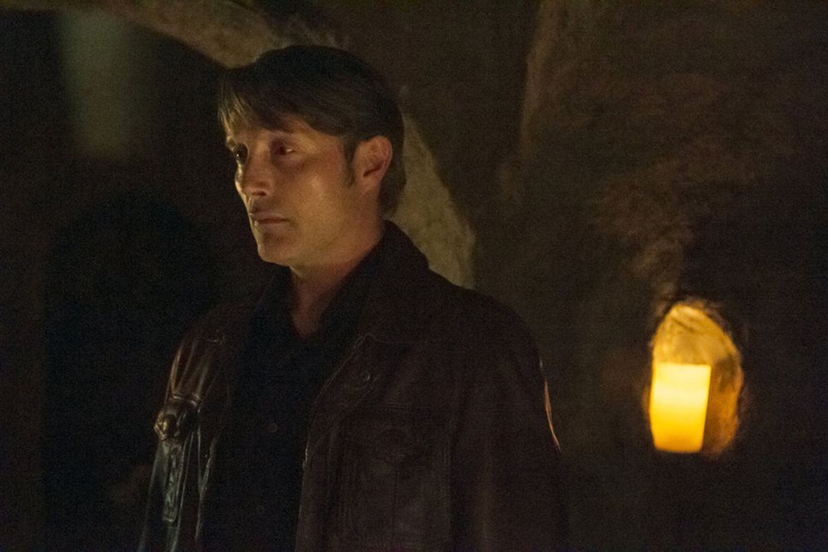 Hannibal Lecter (Mads Mikkelsen) descends into the catacombs. Because he is the devil.
