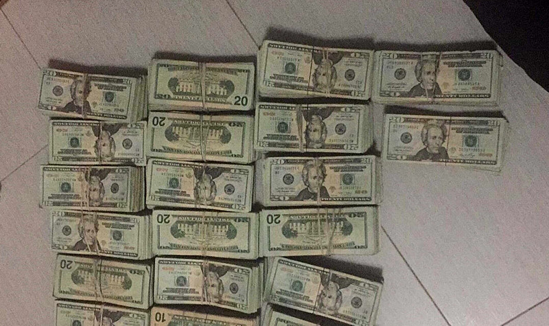 Seok Pheng Lim sent this photo to her Chinese counterpart in Mexico that $340,000 in cash was successfully delivered from a cartel courier to her money-laundering associate in New York in 2017.