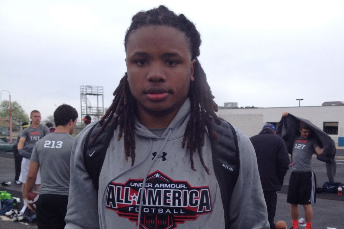 Will Gragg is committed to Arkansas but plans to visit Texas next month.