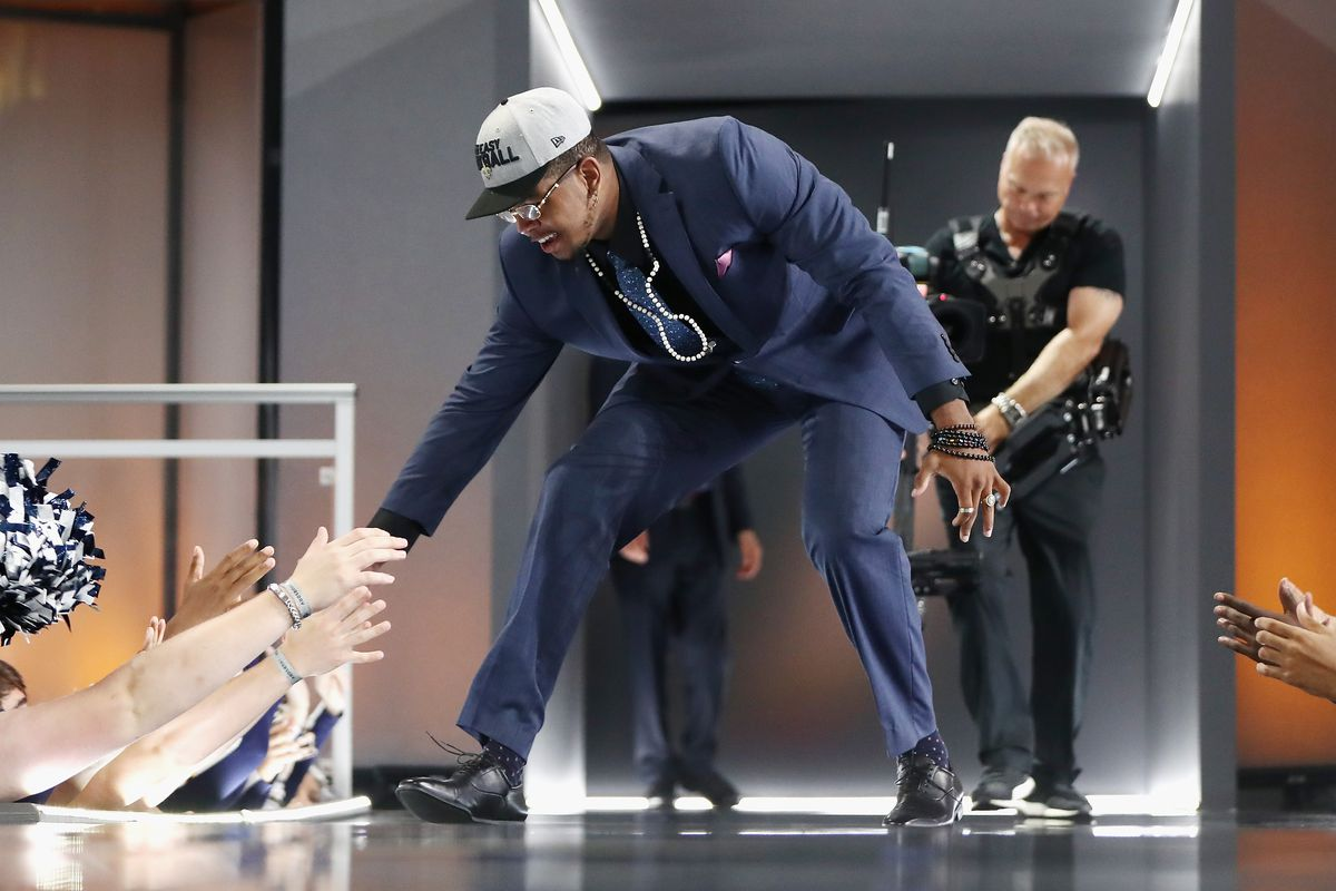 ARLINGTON, TX - APRIL 26:  Marcus Davenport of UTSA greets fans after he  was picked #14 overall by the New Orleans Saints during the first round  of the 2018 NFL Draft at AT&T Stadium.