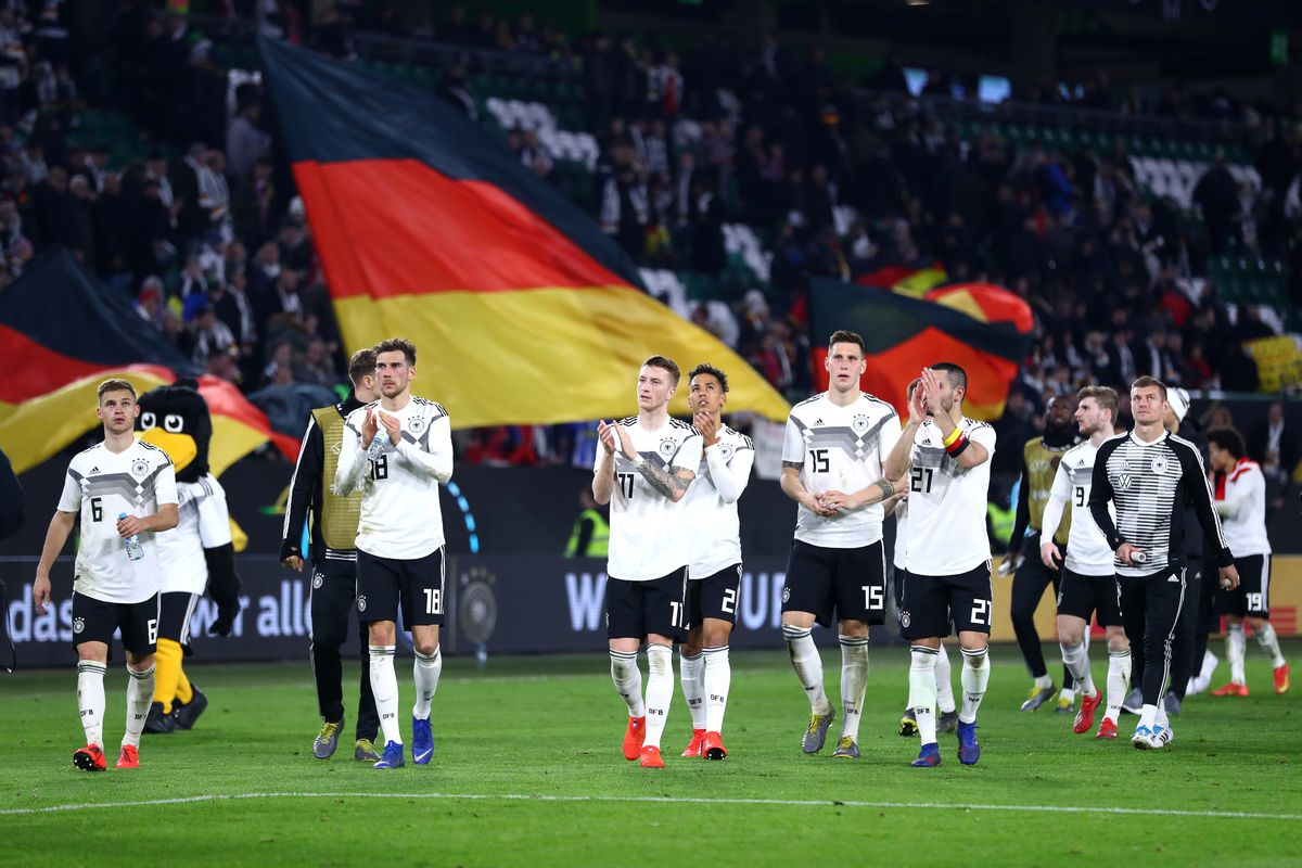 Germany v Serbia - International Friendly WOLFSBURG, GERMANY - MARCH 20: Players of Germany acknowledges the fans following their draw in the International Friendly match between Germany and Serbia at Volkswagen Arena on March 20, 2019 in Wolfsburg, Germany.