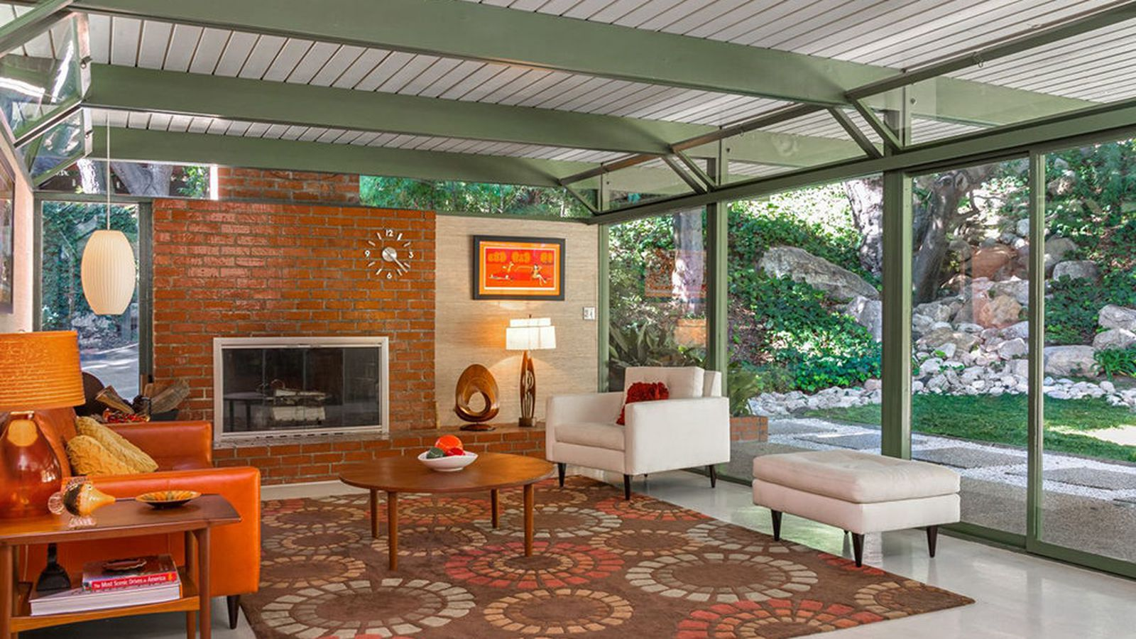Polished Altadena Post And Beam With Pool Asks 1 175m