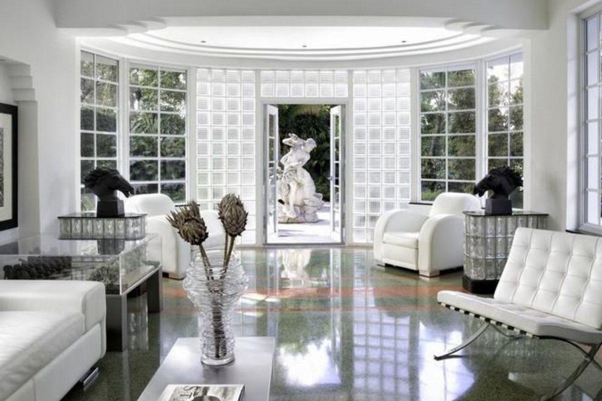 Art Deco Heaven In Miami Beach Wants 4 35 Million Curbed Miami