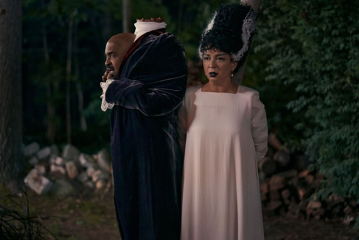 Tim Meadows in a headless-man costume and Maya Rudolph in a Bride of Frankenstein costume in Hubie Halloween