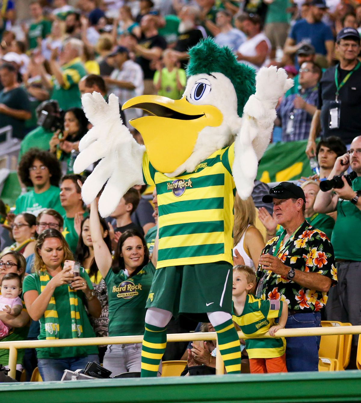 TFC II @ Tampa Bay Rowdies - mascot in stands