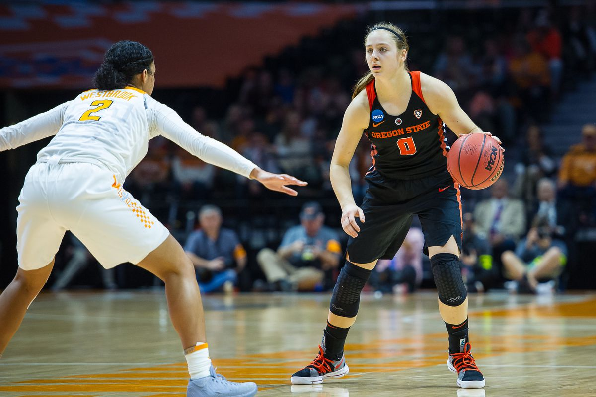 NCAA BASKETBALL: MAR 18 Div I Women's Championship - Second Round - Oregon State v Tennessee