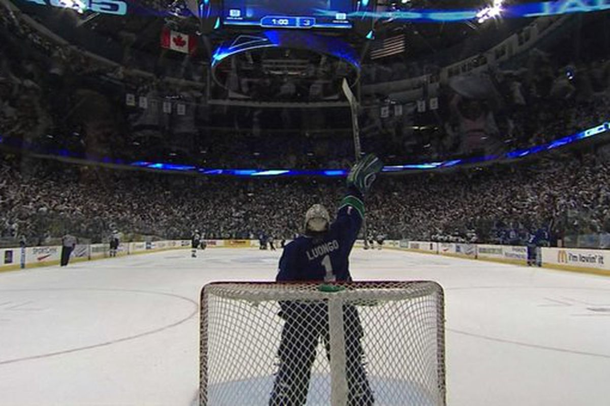 Top 10 Canucks Seasons Of All Time 6 2006 07 Nucks Misconduct