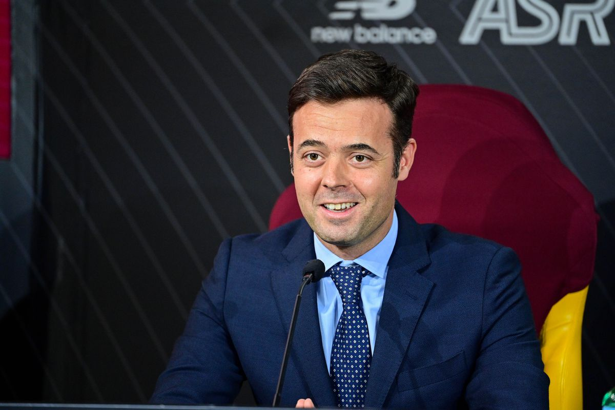 AS Roma Unveils New Signing Rui Patricio
