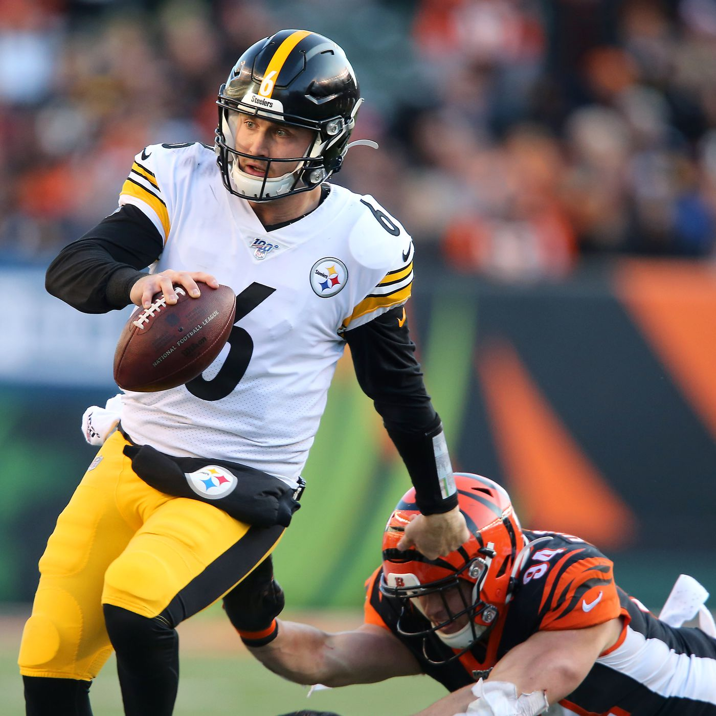 Why The Steelers Are Right To Start Qb Devlin Duck Hodges Over Mason Rudolph Sbnation Com