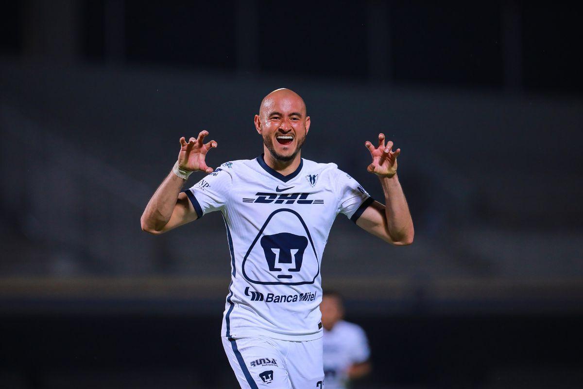 Pumas UNAM v Chivas - Torneo Guard1anes 2020 Liga MX