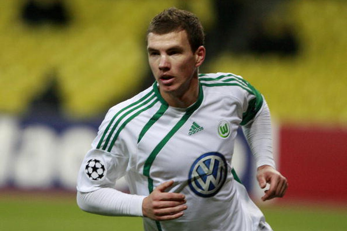 Edin Dzeko of Wolfsburg vs.CSKA Moscow 11/25/09  Photo via Getty Images