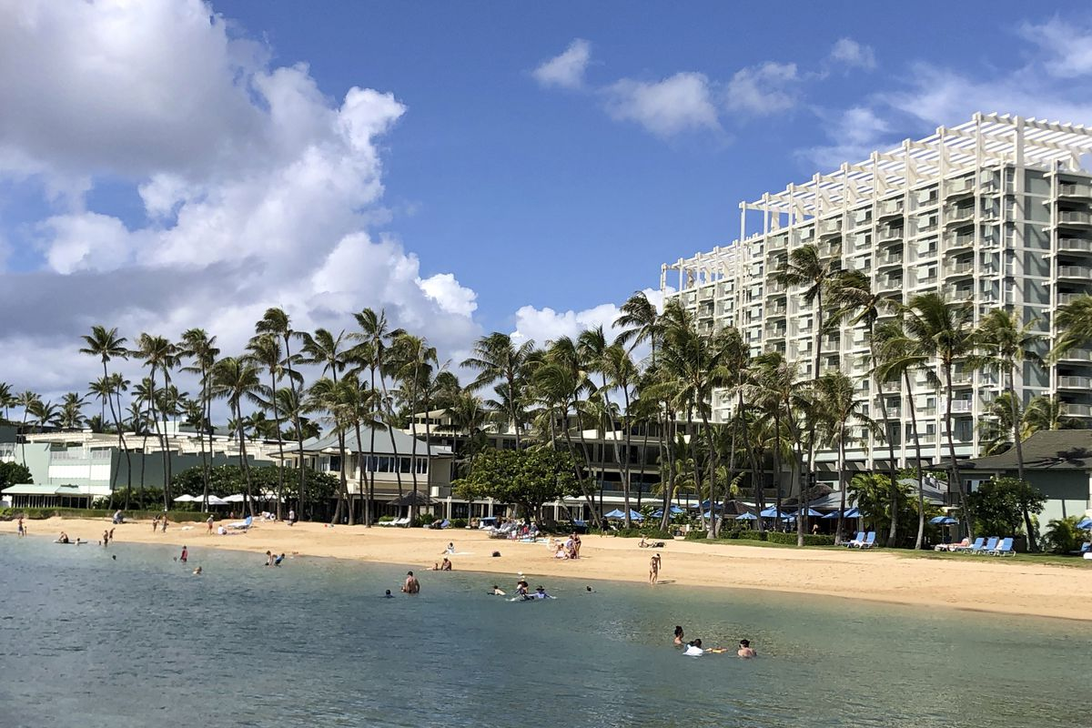 A Honolulu resort is pictured in November 2020. Authorities there say a woman from Chicago's southwest suburbs used a phony COVID-19 vaccination card to bypass a required quarantine period.