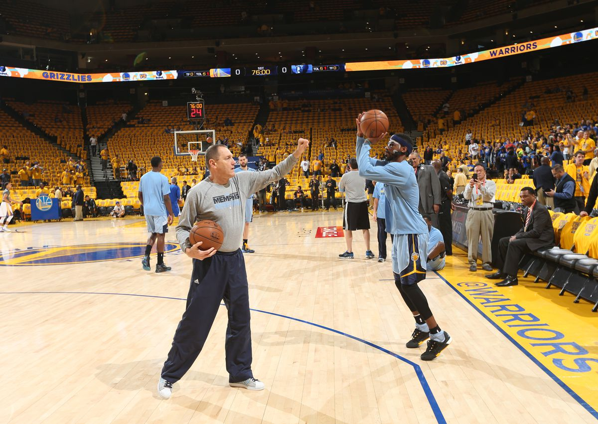 Memphis Grizzlies v Golden State Warriors - Game One