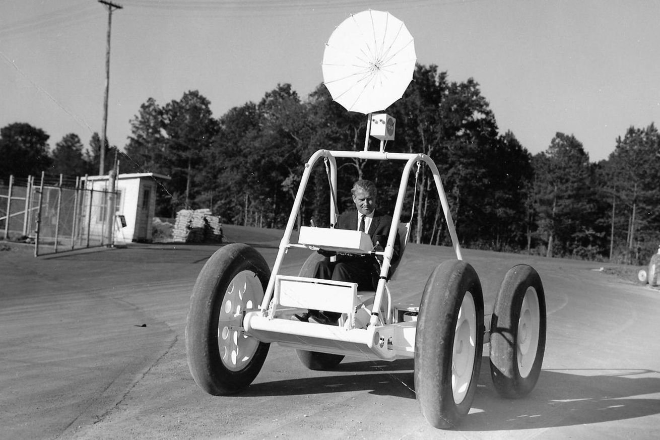 nasa lost a rover and other space artifacts due to sloppy management report says
