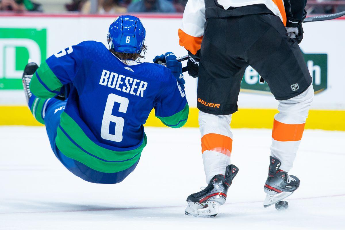 NHL: Philadelphia Flyers at Vancouver Canucks