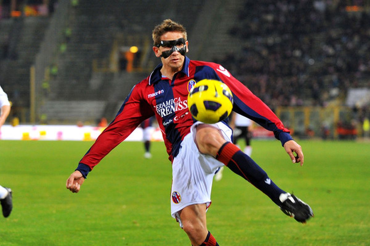 BOLOGNA ITALY - FEBRUARY 19:  Gaston Ramirez of Bologna in action during the Serie A match between Bologna and Palermo at Stadio Renato Dall'Ara on February 19 2011 in Bologna Italy.  (Photo by Roberto Serra/Getty Images)