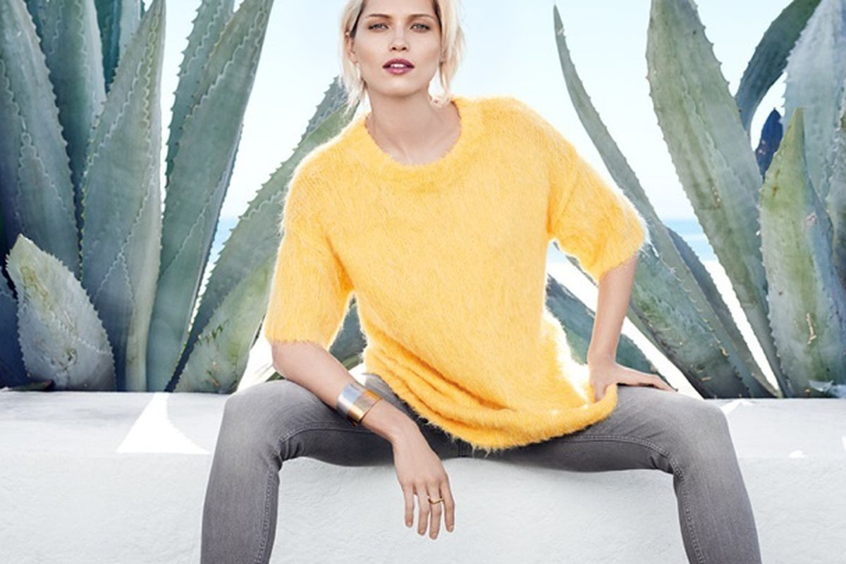 """Image via <a href=""""http://www.fashiongonerogue.com/sunny-days-hm-offers-spring-2015-preview-trend-update"""">Fashion Gone Rogue</a>"""
