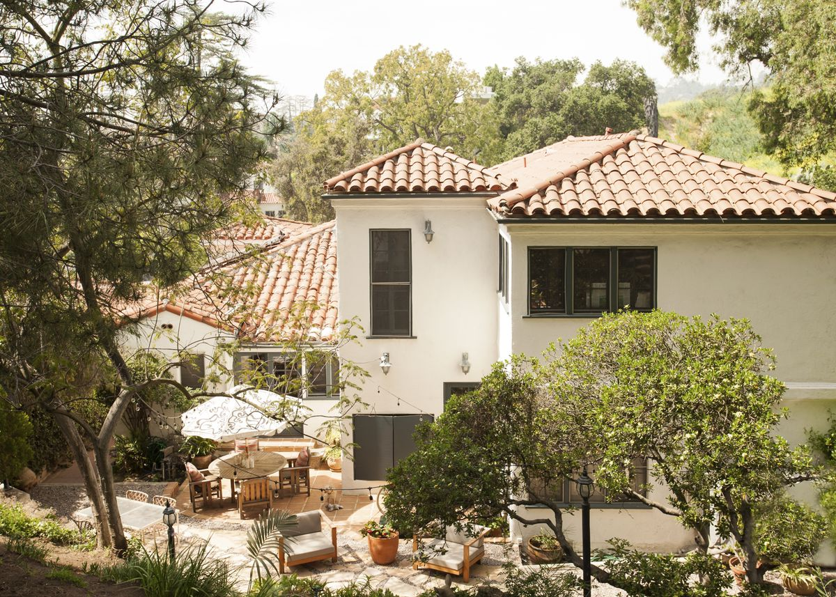 The exterior of designer Mariah O'Brien's Los Angeles home. She's created the patio as an outdoor living area.