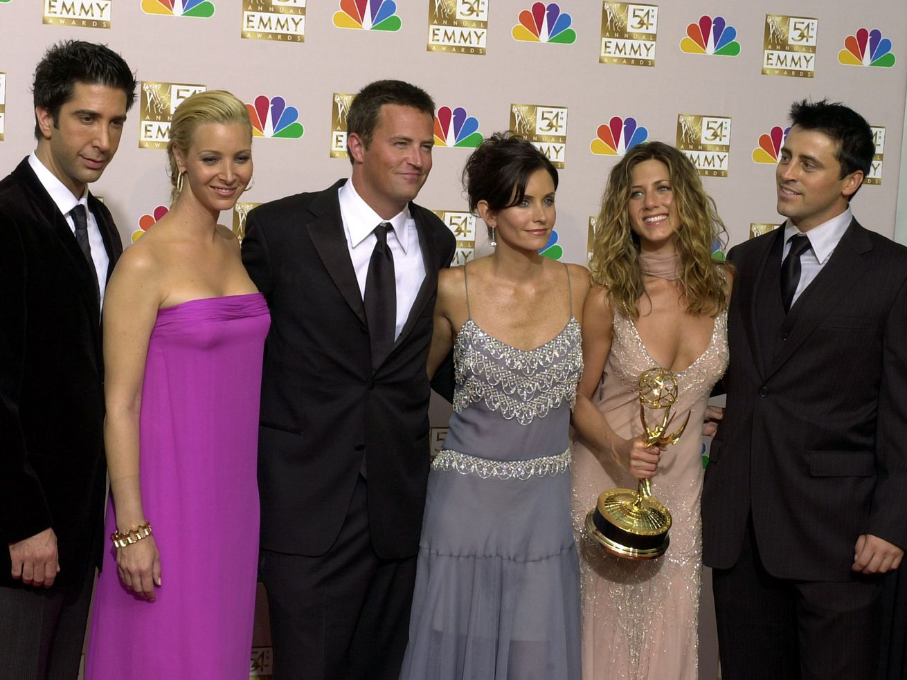 'Friends' comes to the big screen for 25th anniversary
