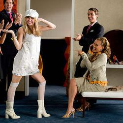 People clap when we wear gogo boots, too. Lots of people. Hannah Montana: The Movie (2009)
