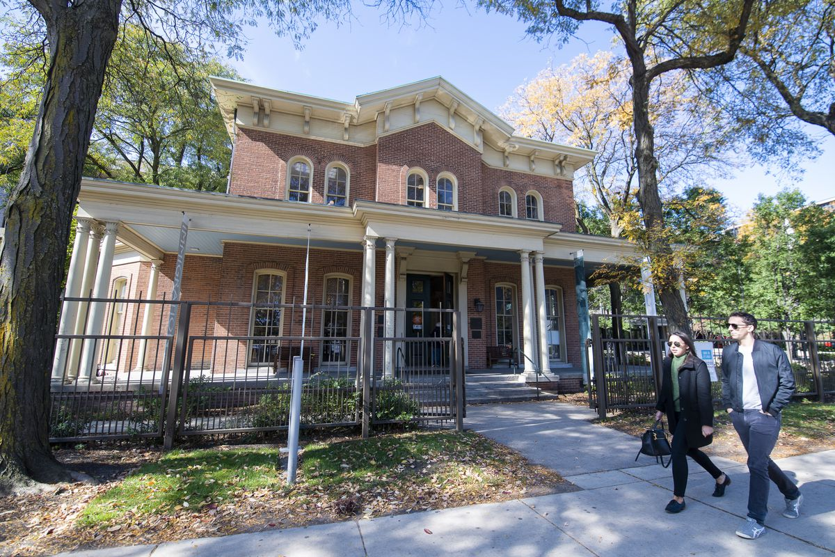 The historic Jane Addams Hull House in Little Italy. | Tyler LaRiviere/Sun-Times