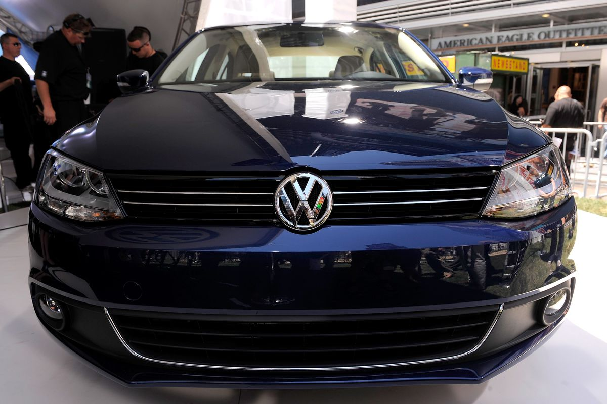 Volkswagen's New 2011 Compact Sedan World Premiere