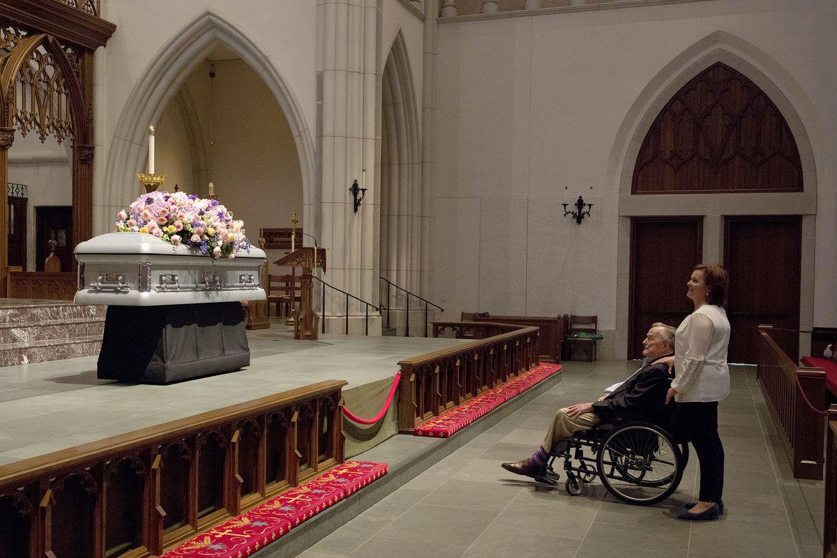 George H W Bush Age 93 Is Hospitalized A Day After Barbara Bush S