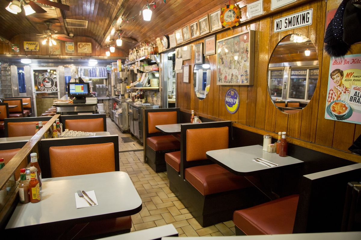 Square_diner_booths A Look Inside the Historic NYC Diners Still Keeping Traditions Alive