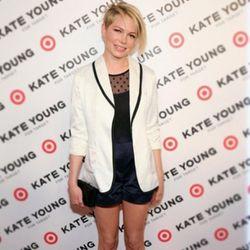 "Michelle Williams' look: cream satin blazer ($49.99), black polka dot bodysuit ($29.99) and navy satin shorts ($29.99). Image via <a href=""http://instagram.com/p/X-nAxMqsa_/"">StudyofStyle</a>/Instagram."