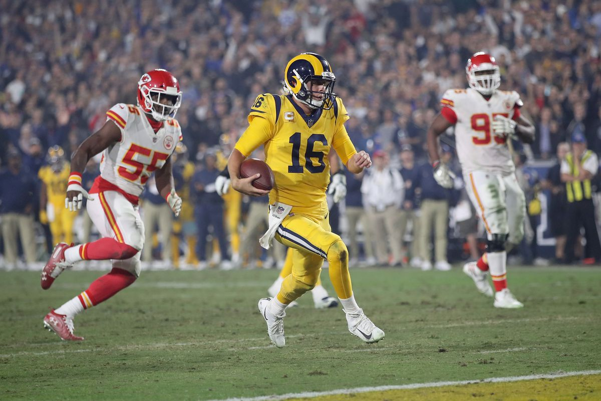 6ce5f80a4 Chiefs vs. Rams  14 most incredible moments from best NFL game ever ...