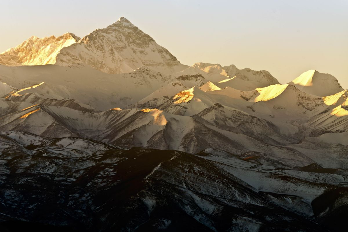 There are literally tons of human poop on Mount Everest - Vox