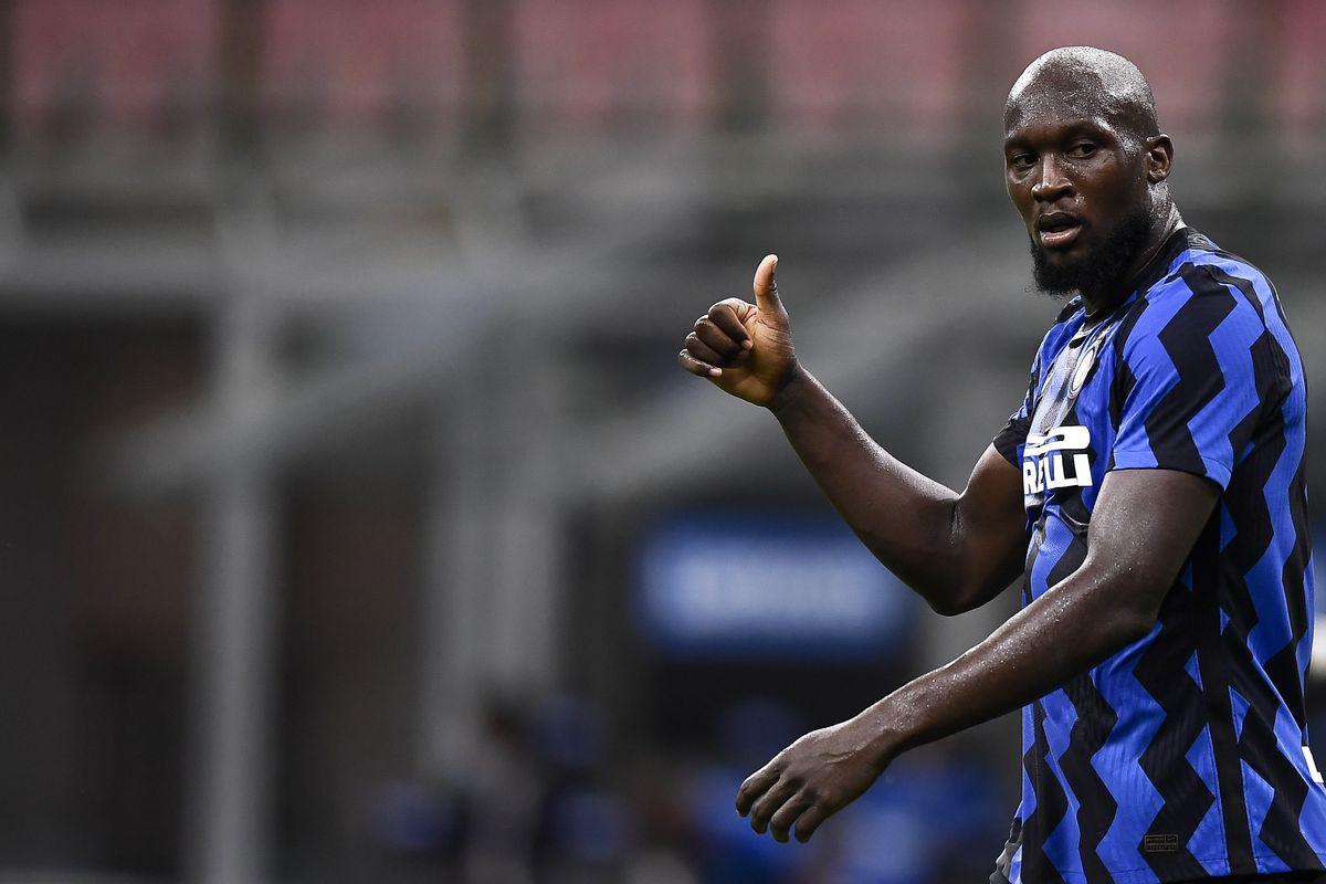 Romelu Lukaku of FC Internazionale gestures during the Serie...