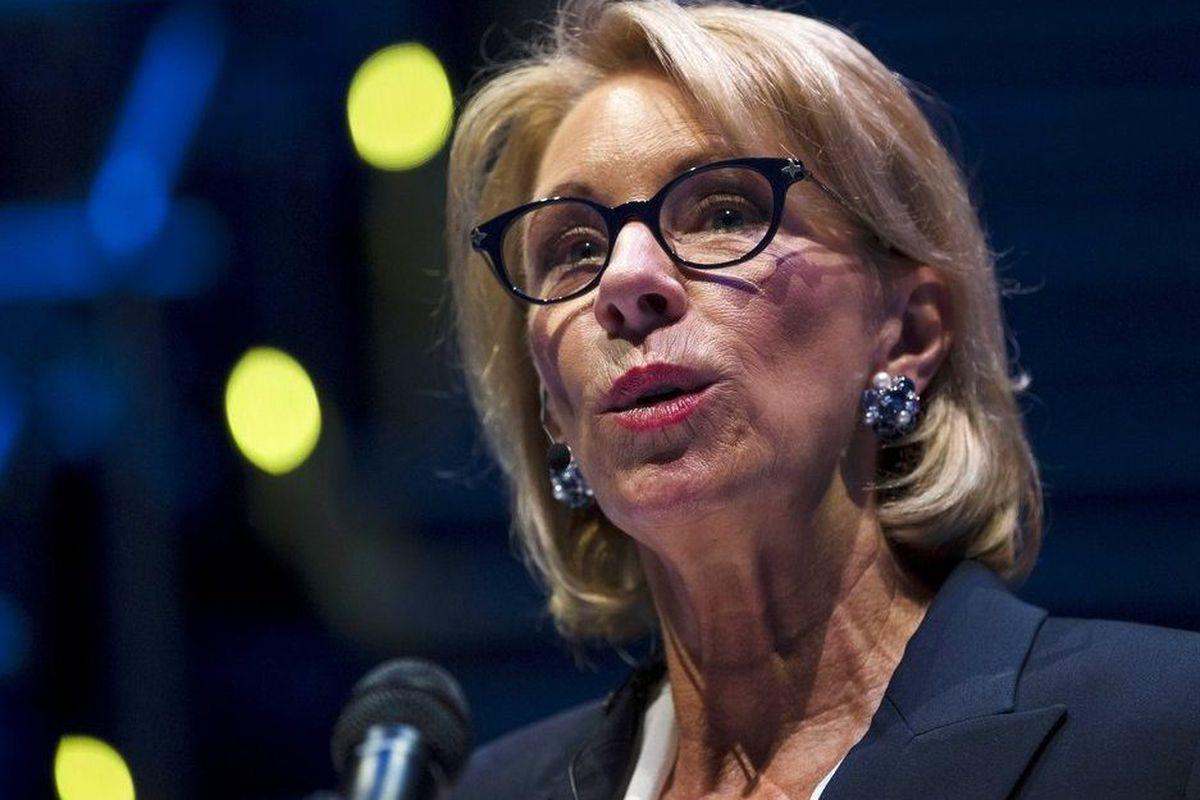 Advocates Demand Devos Protect Students >> Trump S Safety Panel Seeks To Revoke School Discipline Rules