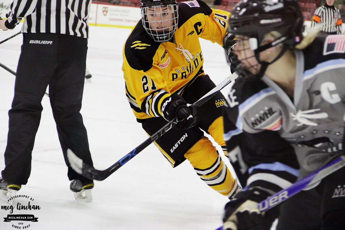 Hilary Knight and Emily Pfalzer in game action
