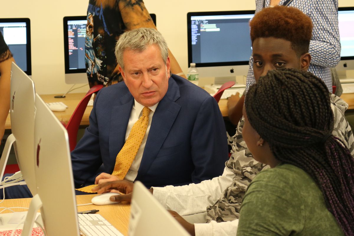 Mayor Bill de Blasio released a school diversity plan that calls on a working group to come up with additional ways to encourage integration.