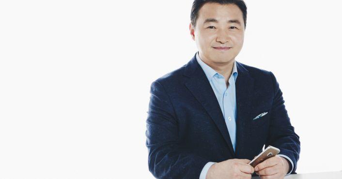 Samsung names Roh Tae-moon new smartphone boss