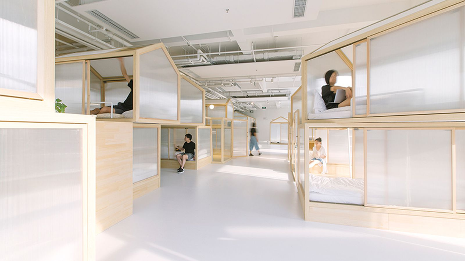 Minimalist 'tiny Houses' Fill Up Modern Beijing Hostel