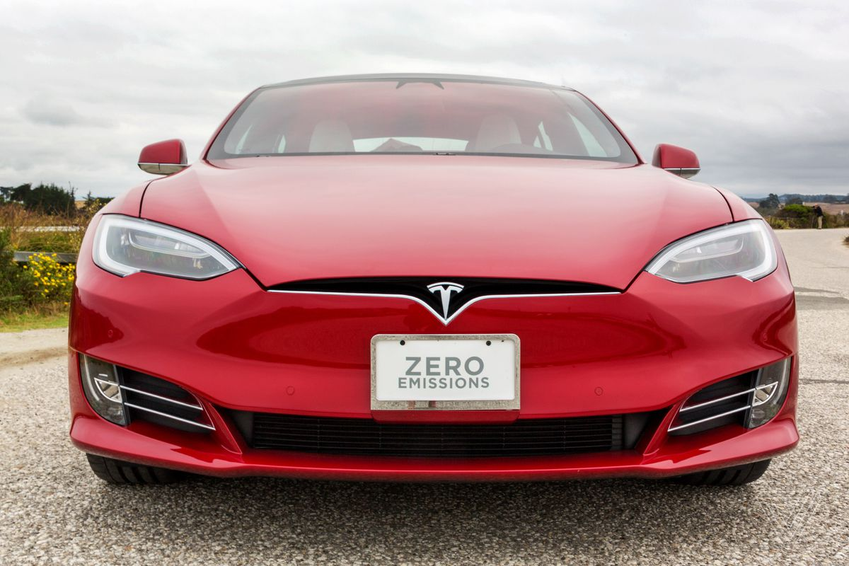 Tesla Model 3 sets cross-country electric vehicle record for $101, report says