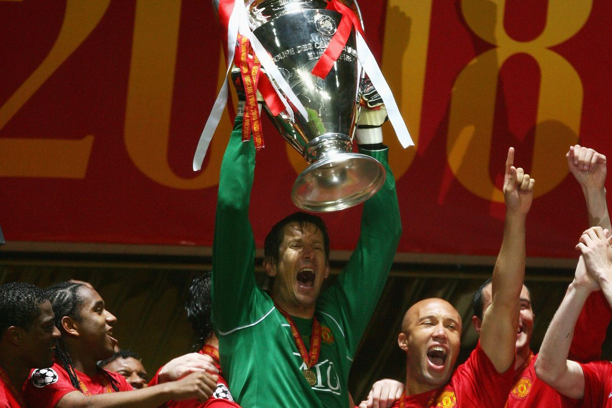 edwin van der sar is manchester united s greatest ever goalkeeper the busby babe edwin van der sar is manchester united