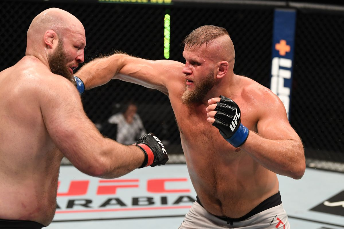 UFC Fight Island 5 results: Marcin Tybura out strikes Ben Rothwell in heavyweight slugfest - MMA Fighting