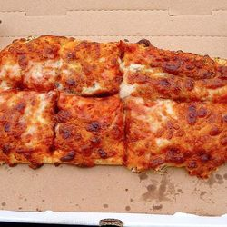 Dodger Stadium pizza - Flickr/The Pizza Review