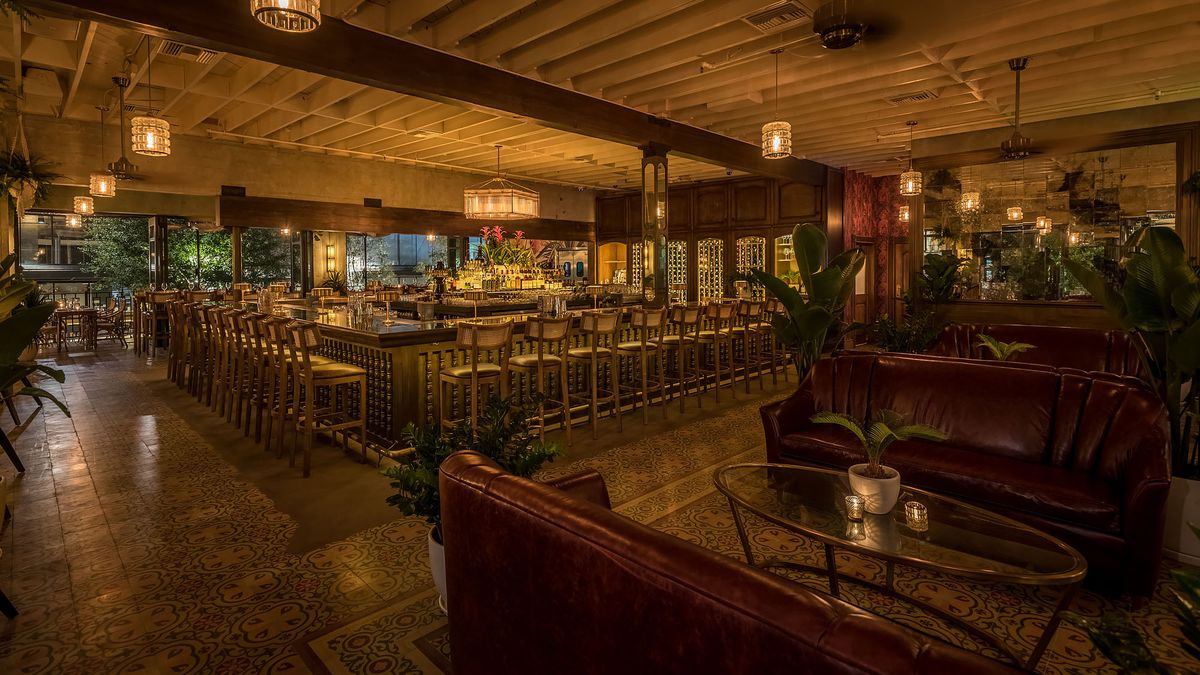 Inside Dama Downtown Las Chic Latin Inspired Lounge From The Scopa