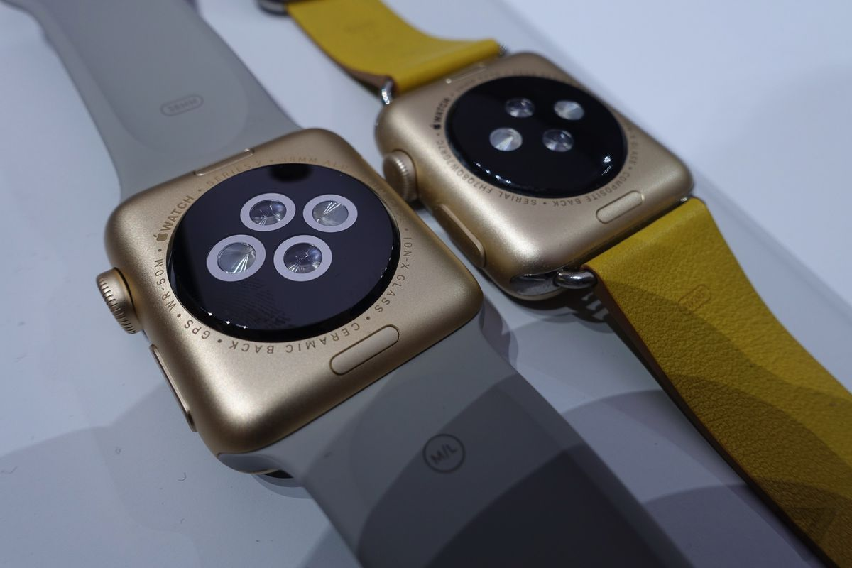 official photos a1411 b28b1 Up close with the new Apple Watch Series 2: waterproof, built-in GPS ...