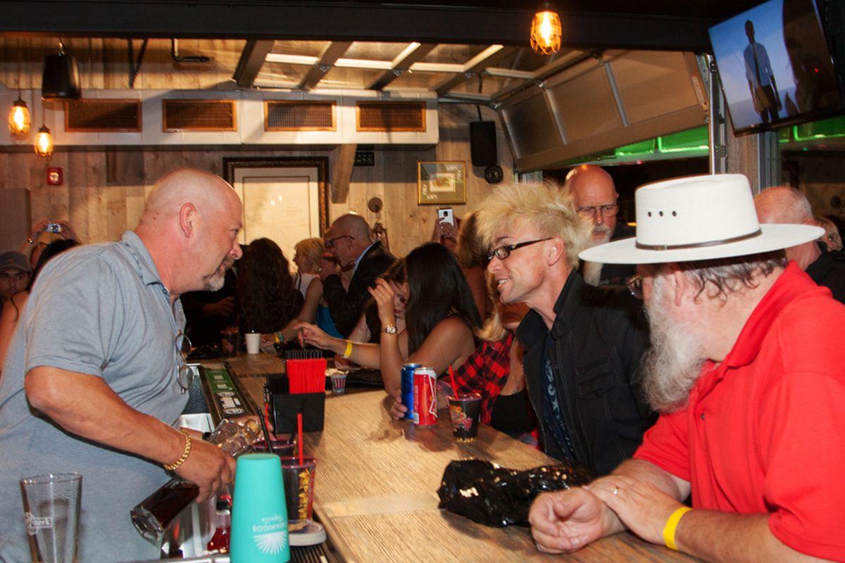 Rick's Rollin Smoke BBQ & Tavern