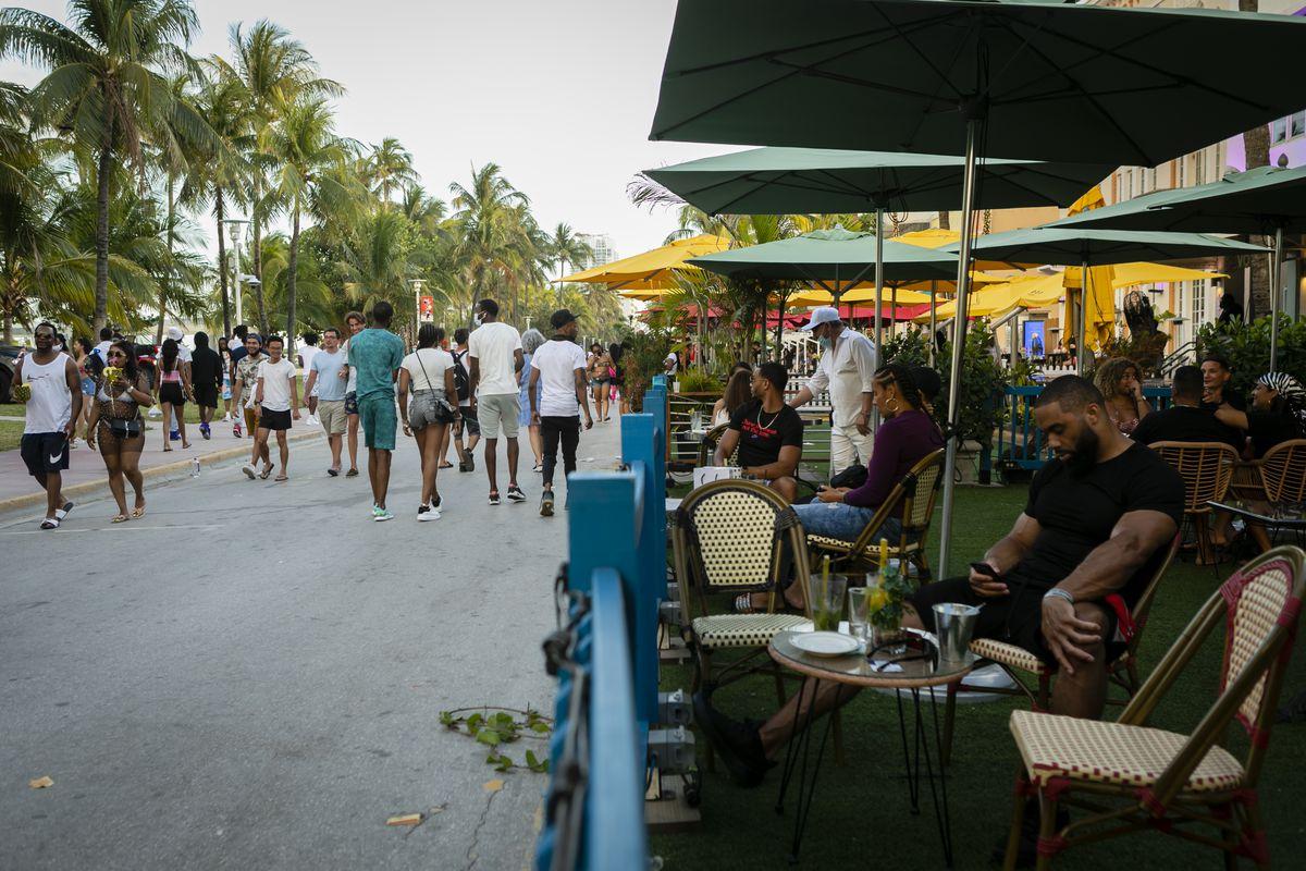 Overwhelmed By Spring Break, Miami Extends Emergency Curfew