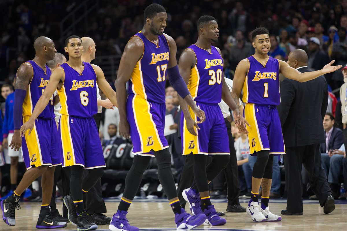 c61f2ca6d Why Byron Scott benching D Angelo Russell and Julius Randle was the wrong  decision