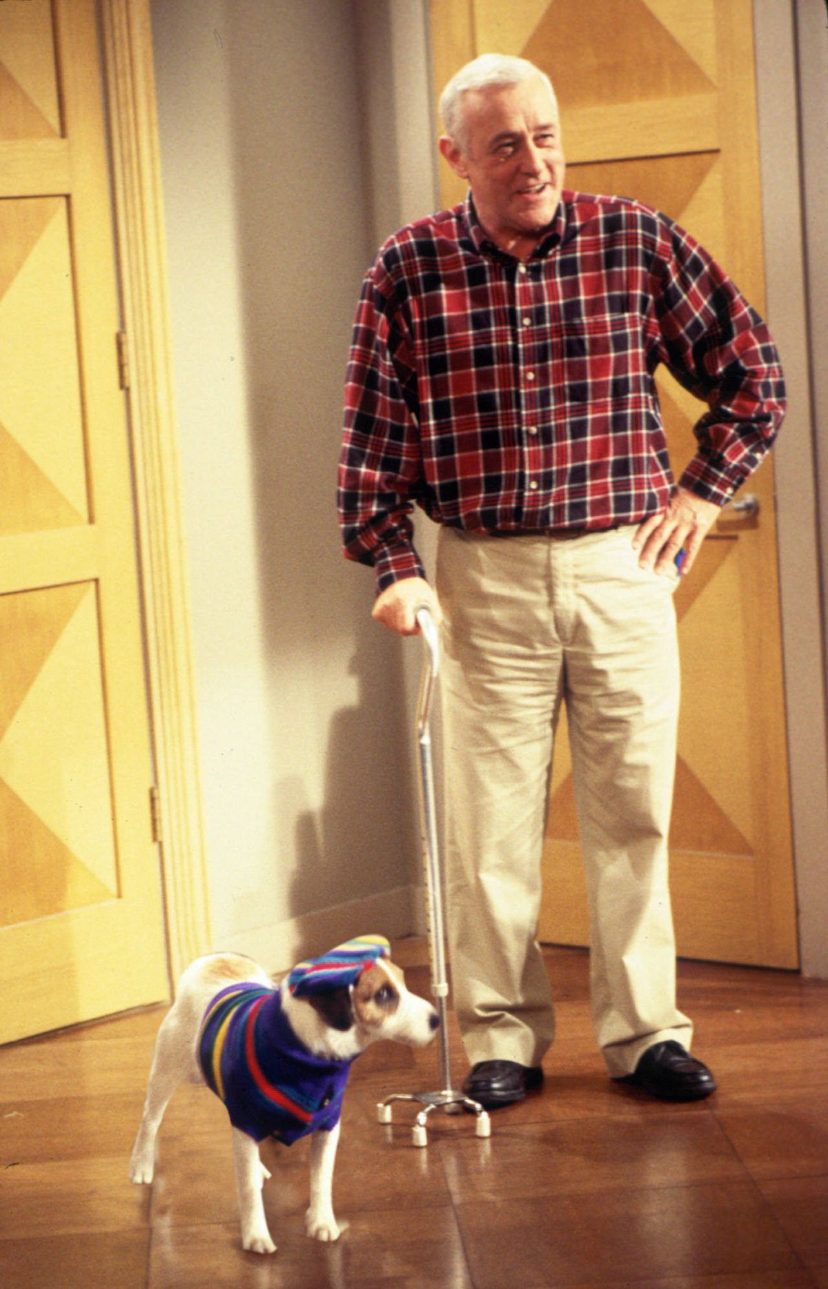 """John Mahoney and his beloved onscreen dog Eddie in a scene from an episode of """"Frasier.""""   NBC"""
